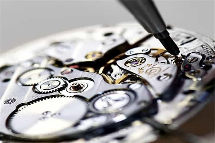 格拉苏蒂手表换电池表盘损坏