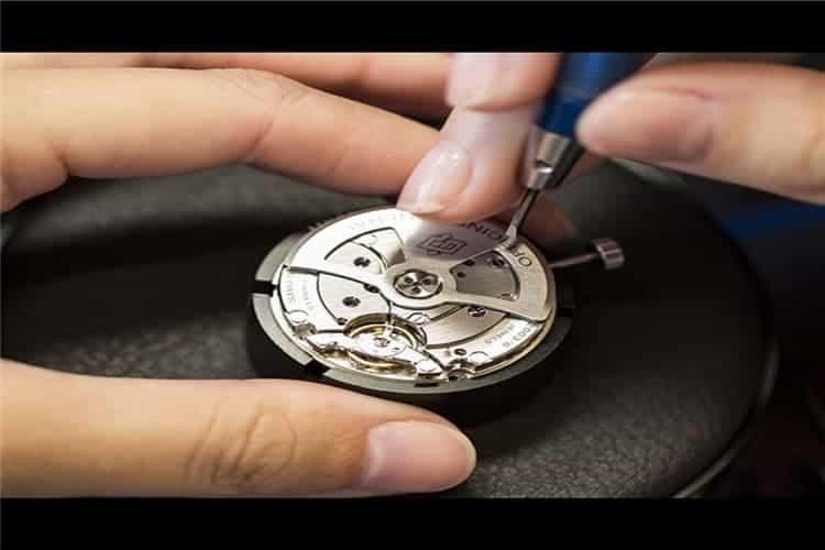 宝珀维修中心手表秒针转动快怎么办