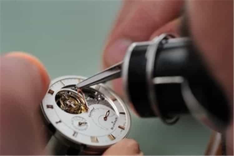 卡地亚维修售后手表走得快是什么原因