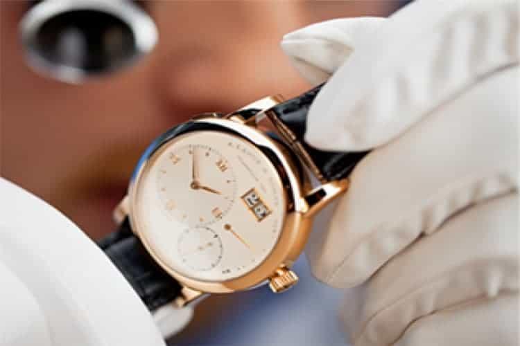万国手表维修服务手表秒针不走