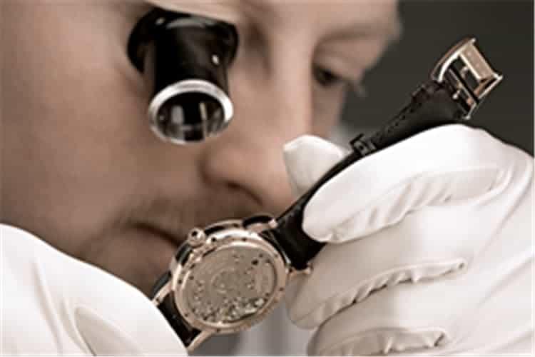 欧米茄服务保养地址手表损坏